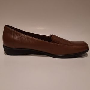 Trotters  brown man shoes size 11 wide